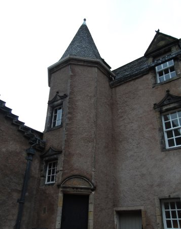 Argyll's Lodging: The exterior