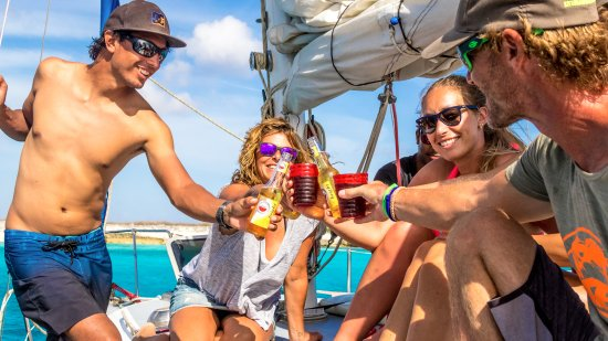 Kralendijk, Bonaire: relaxing onboard with an ice cold drink in your hand