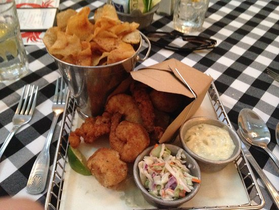 Joe's Stone Crab: New England fish fry with chips and cole slaw