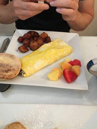 Upper Crust Cafe & Bakery: Omelett