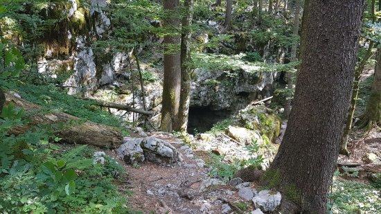 Lokve, Kroatië: Ice cave