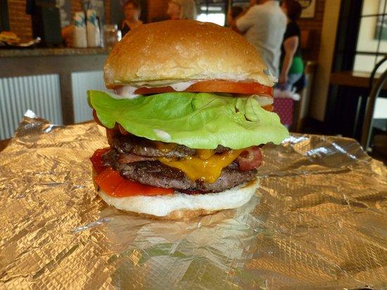 Cambridge, OH: GREAT burgers!