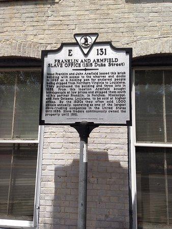 Alexandria, VA: Plague at the entrance
