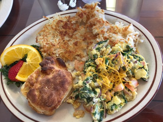 Elma, Waszyngton: Veggie Scramble with Hash and biscuits