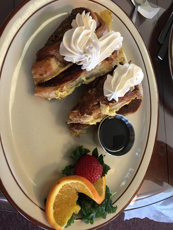 Elma, WA: CINNAMON ROLL FRENCH TOAST