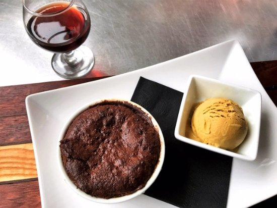 Alexandria, MN: Molten Chocolate Lava Cake & Beer Ice Cream