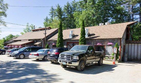 Mason, NH: Parker's Country Barn