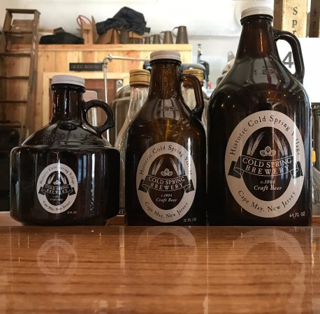 Lower Township, NJ: Three sized growlers