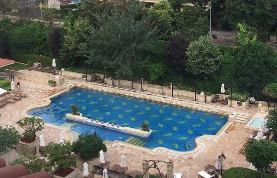 Grand Hyatt Istanbul: Great pool and leisure area