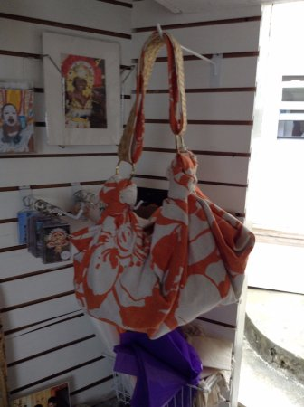 Governor's Harbour, Eleuthera: Touch of Straw Handbag