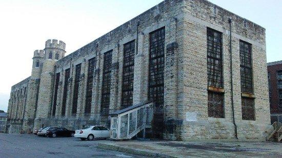 Missouri State Penitentiary: Housing Unit