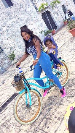 Santo Domingo Province, Dominican Republic: Mi bebe y yo disfrutando un lindo paseo