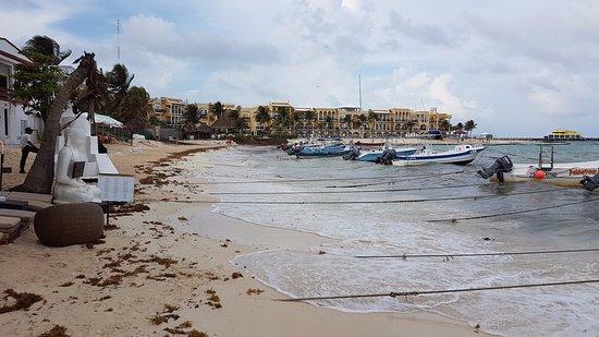 El Taj Oceanfront & Beachside Condos Hotel: Playa?