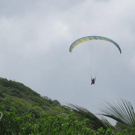 Le Marin, Martinik: Vue de la plage de l'Anse aux bois à Sainte Anne.