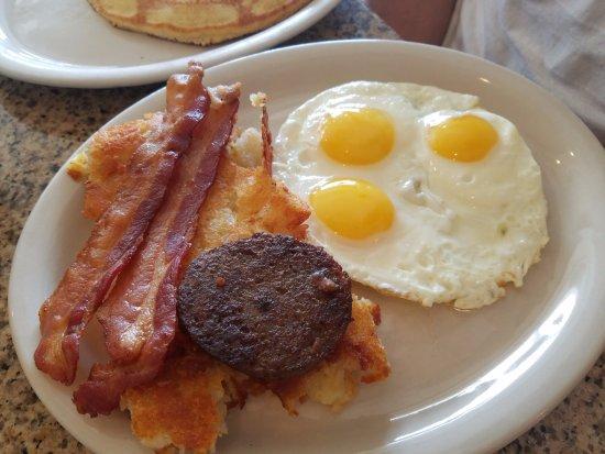 Katy, TX: Baccailis breakfast special