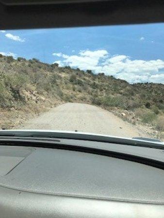 Camp Verde, AZ: The ROAD! The bumpy, bumpy ROAD!!
