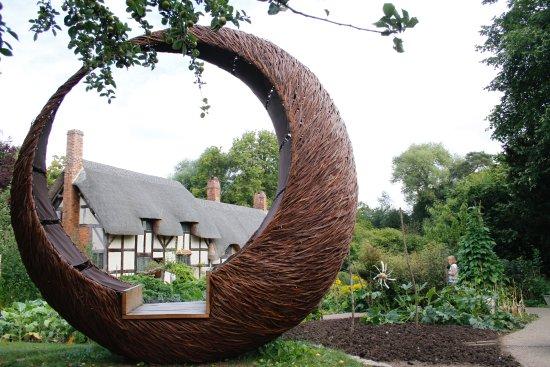 Anne Hathaway's Cottage & Gardens: Photography gem