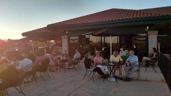 Green Valley, AZ: Live music on the patio with Angel Perez