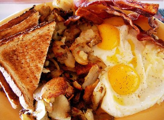 Green Valley, AZ: All American breakfast 6.99 daily