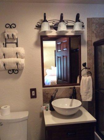 Granbury, TX: The Tuscan Bathroom