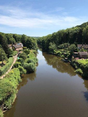 Ironbridge, UK: The winding river Severn