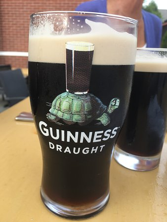 Bristol, RI: Great draft Guinness