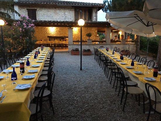Campello sul Clitunno, Italia: giardino