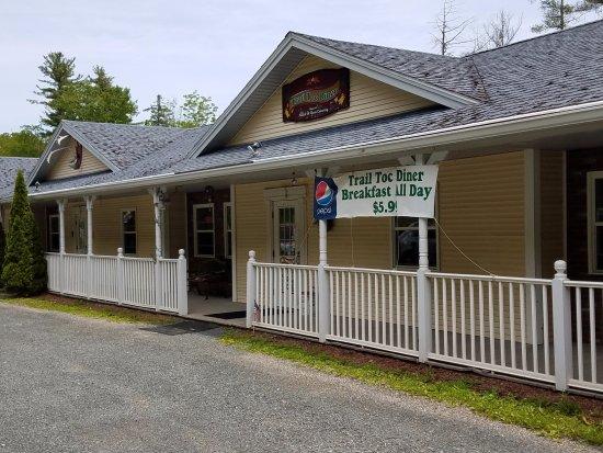 Shelburne Falls, MA: Bargain-priced breakfast