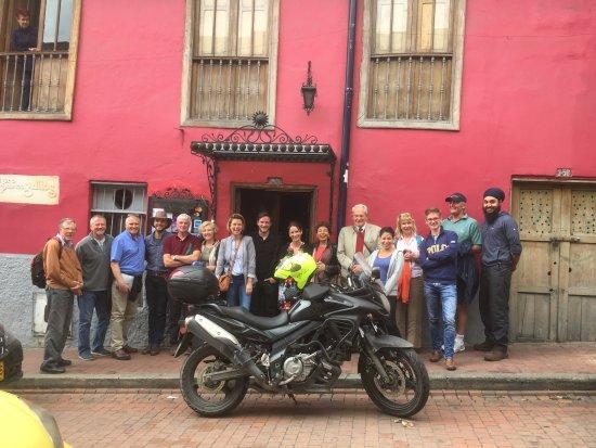 El Son de los Grillos: A very contented international expedition team after a great lunch