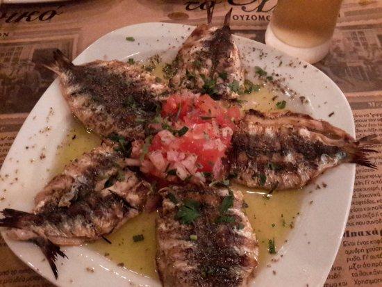 Glyfada, Grecia: Sardines