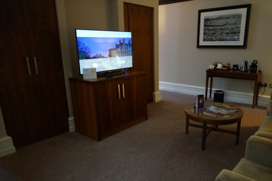 The Grand Hotel & Spa: Junior Suite living room