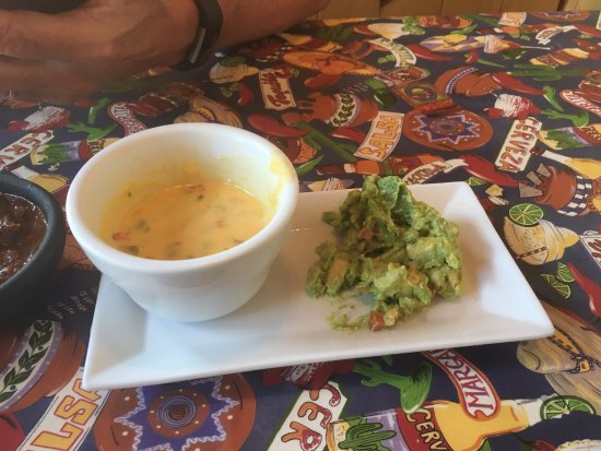 Creede, CO: Queso and Guacamole Combo appetizer