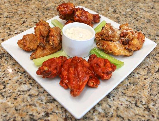 Jensen Beach, FL: Jumbo Chicken Wings