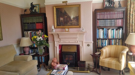 Sutherland House: This is a sitting room.