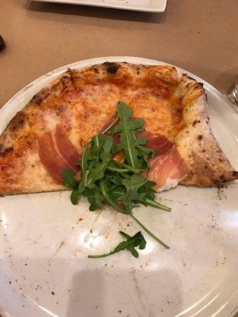 Pizzeria Rustica : Pizza Rustica