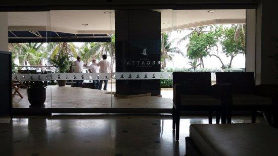 Hotel Regatta Cartagena: Lobby