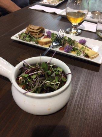Nelson, Canada: Fresh micro-green salad