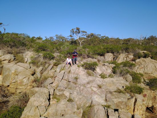 Gosnells, Australië: Sitting on top of the 60 Foot Falls.