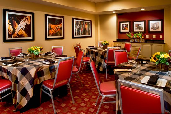 Four Points by Sheraton Memphis East : The Memphis Room