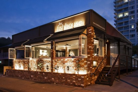Burleigh Heads, Australia: SetWidth500-The-Fish-House-Exterior_large.jpg