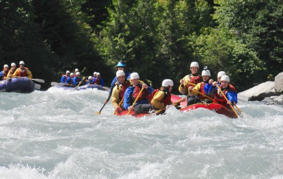 Revelstoke, Canadá: Lining up at Loretta's rapid.