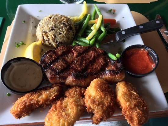 Quinault, WA: Steak & oysters