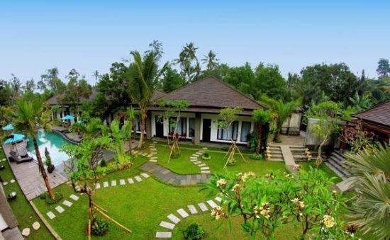 Ubud Raya Hotel