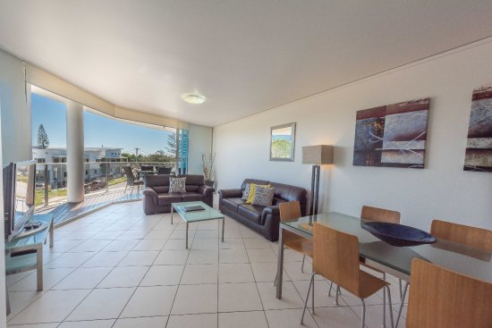 Bargara, Australia: back tower loungeroom