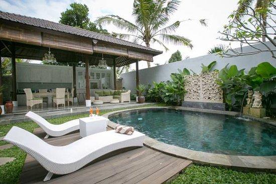 Ubud Raya Resort