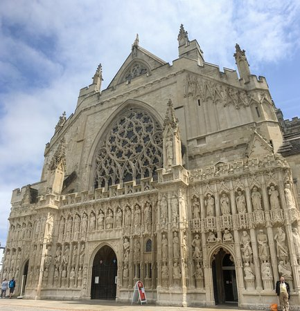 Exeter Cathedral: Beautiful Design