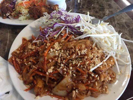 Bremerton, WA: Pad Thai