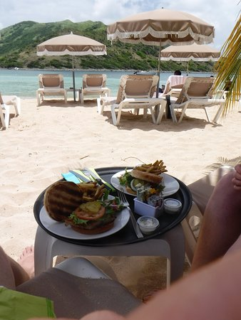Cul de Sac, St. Maarten/St. Martin: Lunch from one of the two restaurants on the island. Great