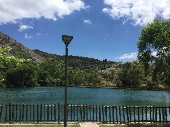 Zaros, اليونان: Zaros Lake