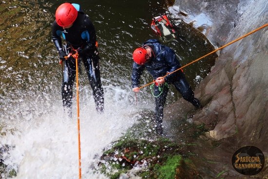 Ossi, Italien: A fantastic canyoning day into the waters of RIo Caddaris, Dorgali.